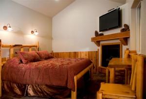 Lodge at Detroit Lake - Room 6